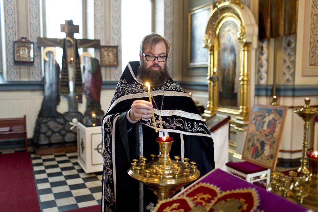 Tampereen ortodoksisen seurakunnan kirkkoherran Aleksej Sjöbergin reviiri laajenee, jos Vaasan ortodoksinen seurakunta liitetään vuoden 2020 alussa Tampereen seurakuntaan. Tampereen ortodoksinen seurakunta vaihtaa myös hiippakuntaa. Jos kaavailut toteutuvat, Tampereen seurakunta siirtyy Oulun hiippakuntaan.
