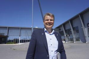 Satavuotias Tampereen kauppakamari on keskeinen vaikuttaja koko Pirkanmaalla. Toimitusjohtaja Antti Eskelinen uskoo, että tulevaisuudessa koko 23 kunnan maakunta on yksi suuri kaupunki, Suur-Tampere.