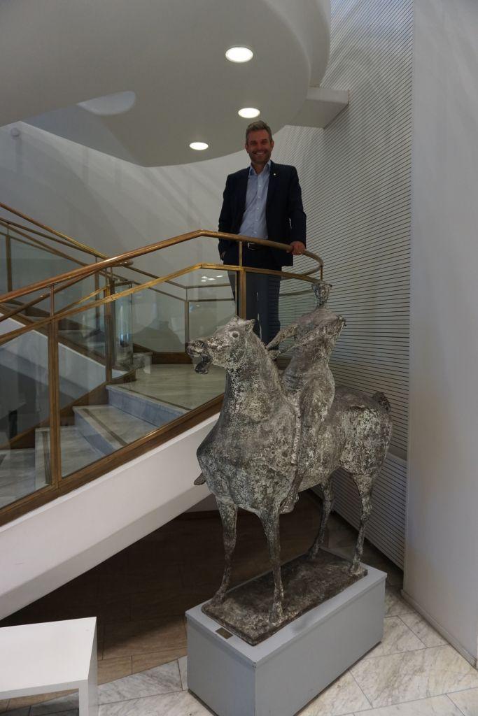 OP Tampereen toimitusjohtaja Jani Vilpponen ei ole verotietojen suurkuluttaja. Hänen mielestään verotietojen avaamista mediassa olisi kehitettävä syvällisempään suuntaan.