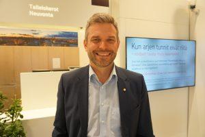 Tampereen Seudun Osuuspankki hyötyy keskuskaupungin ja kehyskuntien kasvusta. Toimitusjohtaja Jani Vilpposen mukaan pankilla on ollut hieman ruuhkaa asuntoluottoprosessissa. (Kuva: Matti Pulkkinen)
