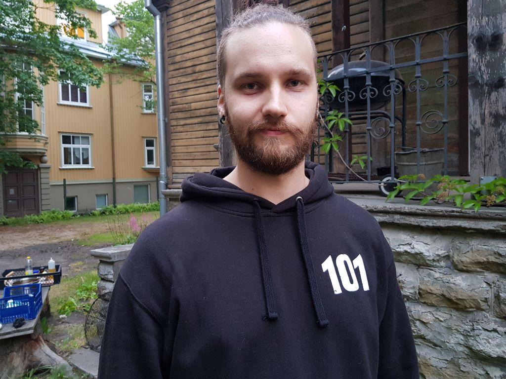 Oskari Puisto on ensikertalainen laulaja Tallinnan laulujuhlilla. Hän aikoo osallistua tapahtumaan myös viiden vuoden kuluttua. (Kuva: Matti Pulkkinen)