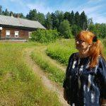 Sina Kujansuu löysi mummolansa Marjalanniemestä - käkisalmelainen Nikolai haki kartan kotoaan ja taksari Volodja keksi reitin perille