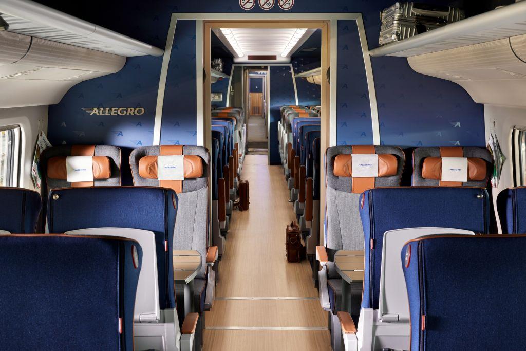 VR:ssä odotetaan paljon matkailun kasvulta junan suosion voimistumiseen. Toimitusjohta Rolf Janssonin mukaan mahdollisuuksia on niin maan sisäisessä matkailussa kuin Helsingin ja Pietarin välisellä vuorolla. Allegron merkitys tulee kokonaan uuteen valoon, jos Venäjä uudistaa viisumikäytäntönsä tämän vuoden lokakuussa.