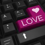 Rakkauspetokset ja -huijaukset yleistyvät rajua vauhtia - uhreina ovat niin naiset kuin miehetkin