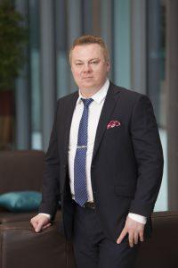 Pirkanmaan kauppakamarin apulaisjohtaja Markus Sjölund muistuttaa, etteivät Euroopan unionin hankkeet ole vain isojen yrityksien asioita. Hän kannustaa pirkanmaalaisia pieniä ja keskisuuria yrityksiä ottamaan selvää niitä koskevista EU-mahdollisuuksista. - Meille on kehittynyt tuki- ja palveluverkosto, josta yrittäjät saavat apua EU-hankkeisiinsa. (Kuva: Tampereen kauppakamari)